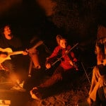 The 13 Best Campfire Songs (Without Being Kitschy…)
