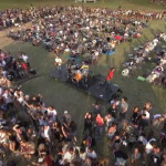 "Epic Video: 1000 Italian Musicians Play ""Learn To Fly"" In Unison!"