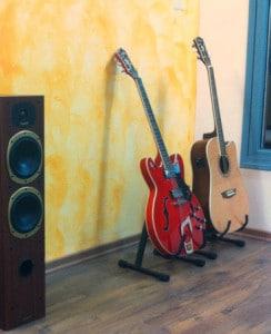 best guitar accessories standing hangers