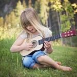 Top 20 – The Best Songs For Kids That You Can Play On The Guitar To Make Kids Happy!