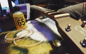 how to clean your fretboard 2