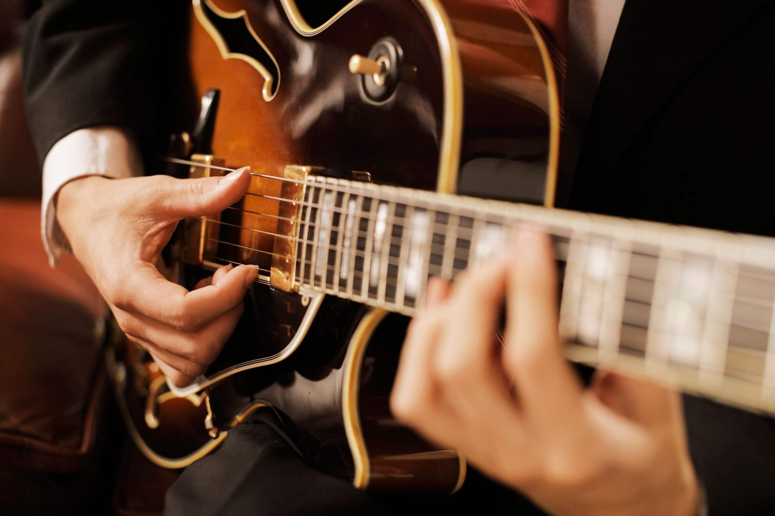How To Start Getting Into Jazz Guitar 10 Tips The Secret Teacher Dounloadable Courses For Beginners Beginner